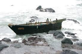 北朝鮮 木造船